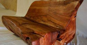 Banquillo de rollizo de madera
