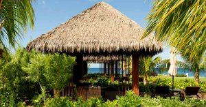Palapa con techo sintetico en Cabrits Resort Kempinski Dominica