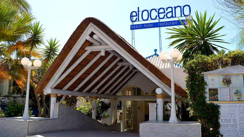 proyectos-comercial-el-oceano-beach-restaurant-techo-junco-africano-blanco